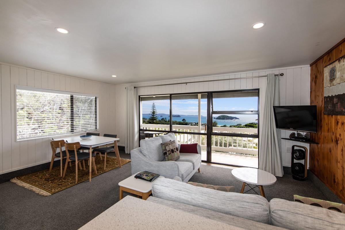 Hahei Island Views self contained apartment accommodation Coromandel peninsula NZ
